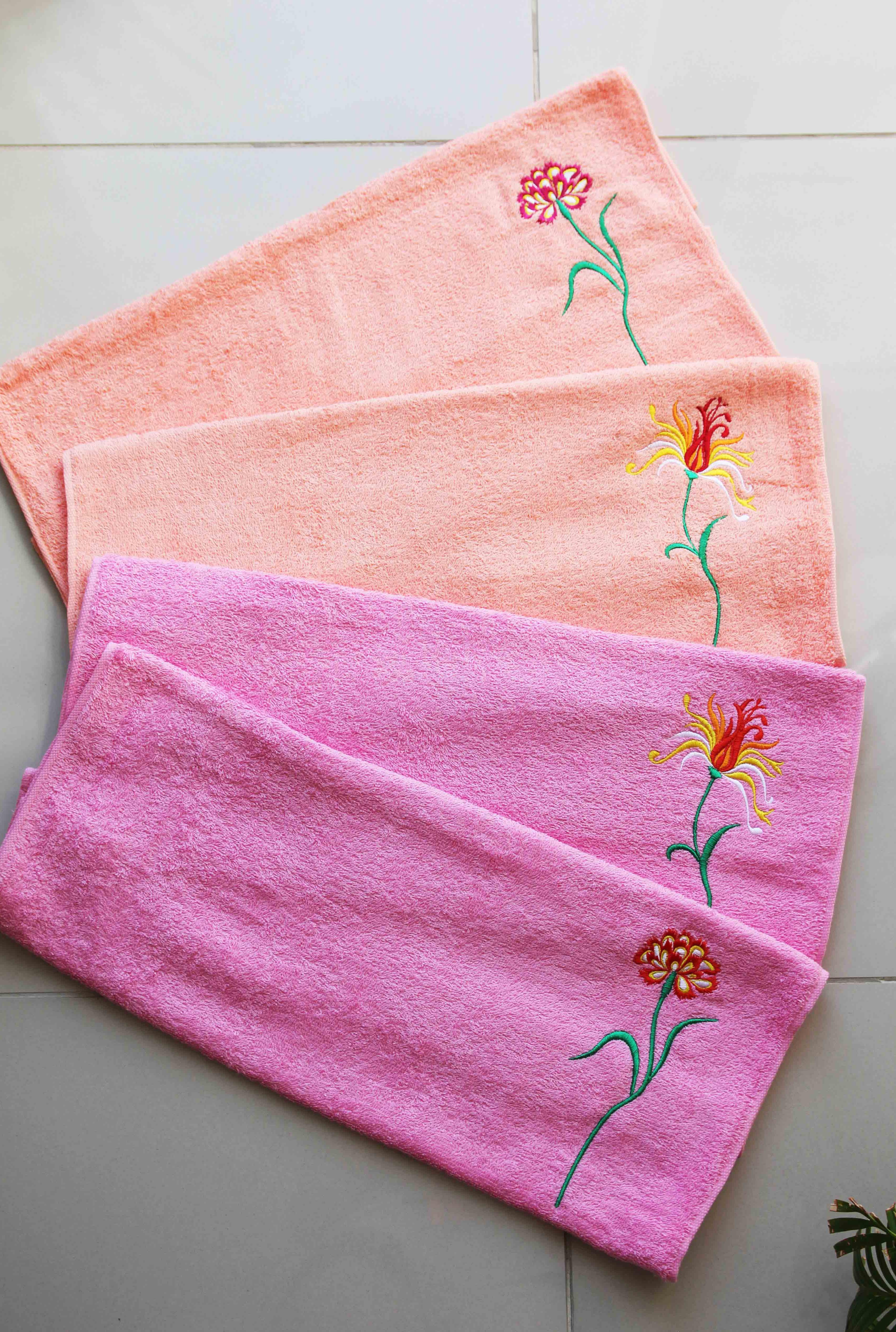 """Полотенце махровое с вышивкой """"Цветочки"""""""